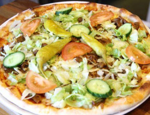 Black Friday – Kebabpizza inkl Sallad